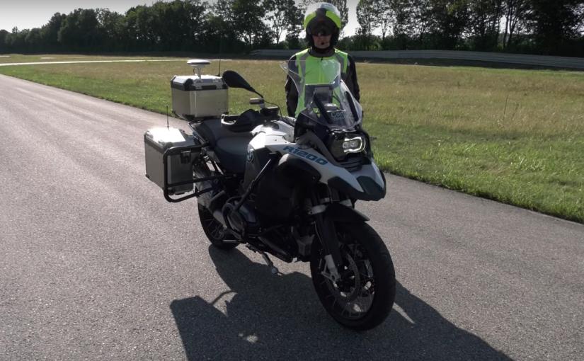 Este es el prototipo de motocicleta sin conductor de BMW