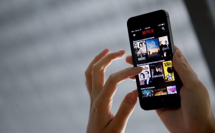 Netflix pone a prueba un plan de solo dispositivos móviles